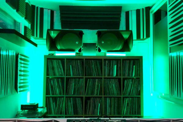 CABINAS DJ ALQUILER DE ESTUDIOS